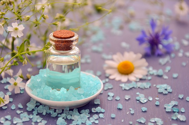 Aromatherapy oils for sinus relief
